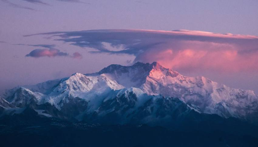 10 Reasons you should Trek Kanchenjunga Base Camp  with a Guide